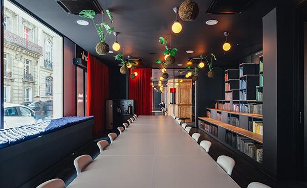 巴黎,联合办公室,办公空间,明明是家联合办公室 却设计得像个艺术画廊