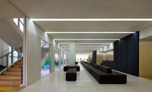 研究发现可调式LED照明或有助于病人恢复