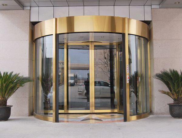 大梅沙京基喜来登度假酒店两翼旋转门
