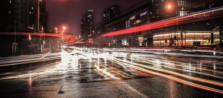 多色温LED人工智能路灯亮相重庆渝中区